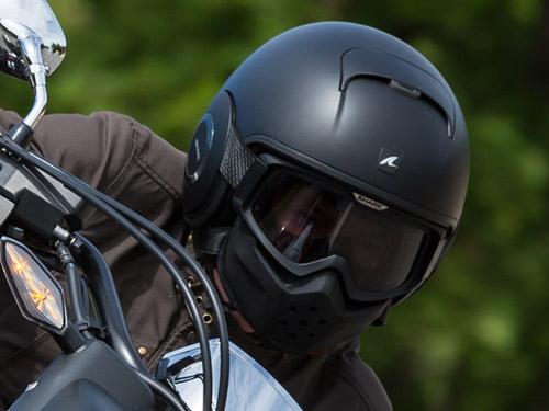 Pourquoi porter un casque moto